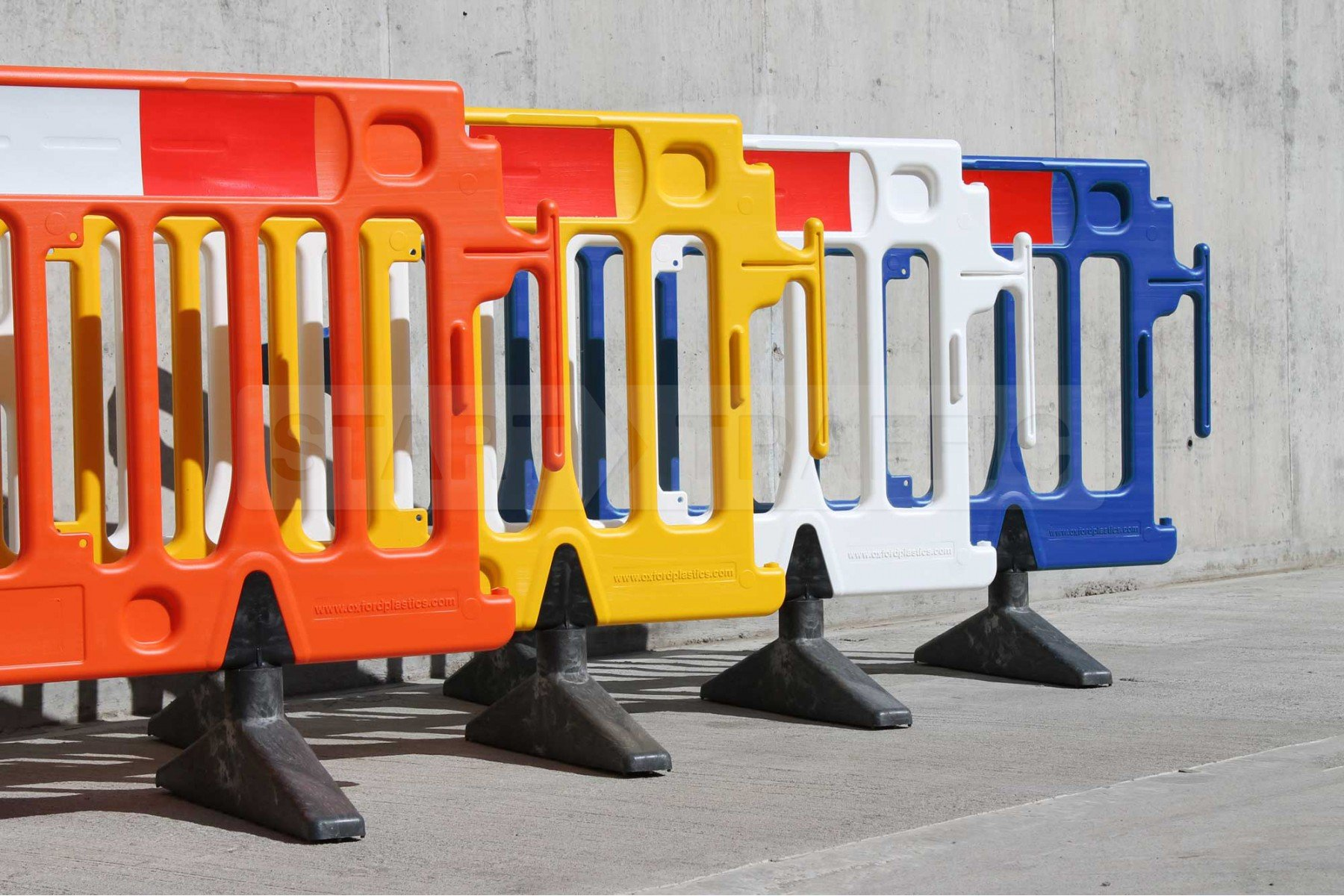 289b-avalon-barrier-colours-standard-3-0-1-1800x1200