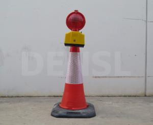 Un cono dominator de 100cm con luminaria incorporarda