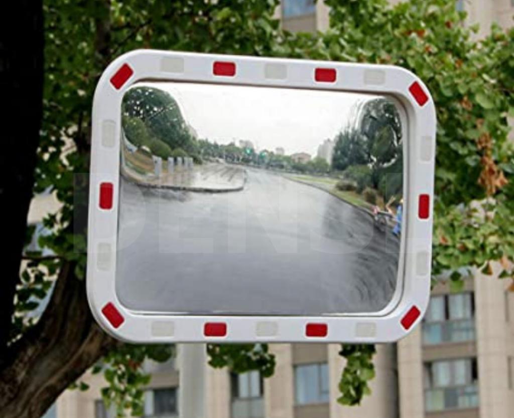 Espejo para uso exterior
