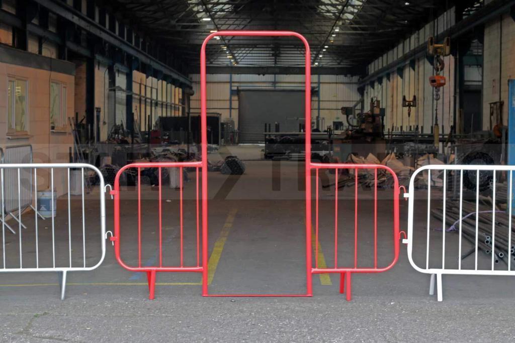 puertas para vallas metálicas